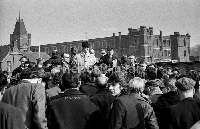 Striking gas workers in Stockport, Greater Manchester at a union meeting addressed by GMWU official Jack Wilkinson. Vernon Mill visible in the background. - Martin Mayer - 1972-03-25