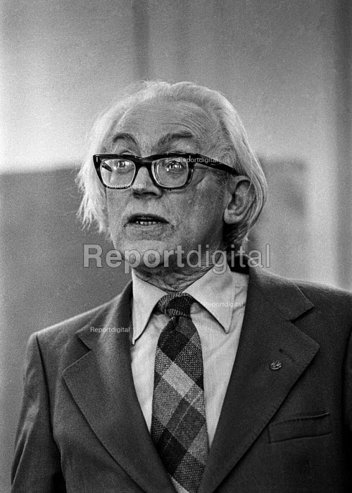 Michael Foot - Deputy leader of the Labour Party speaking at an rally during the Moss Side by-election - Martin Mayer - 1978-07-09