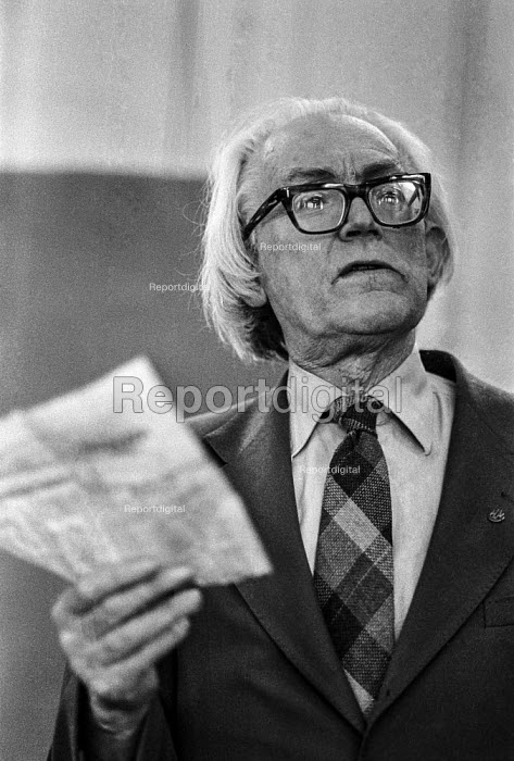 Michael Foot - Deputy leader of the Labour Party speaking at an rally during the Moss Side by-election - Martin Mayer - 1978-08-09