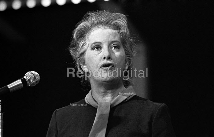 Judith Hart speaking, Labour Party conference 1975 - Martin Mayer - 1975-10-03