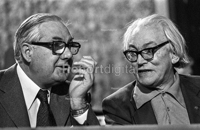 Jim Callaghan MP (L) talking to Michael Foot MP, Labour Party conference, Blackpool 1978 - Martin Mayer - 1978-10-04
