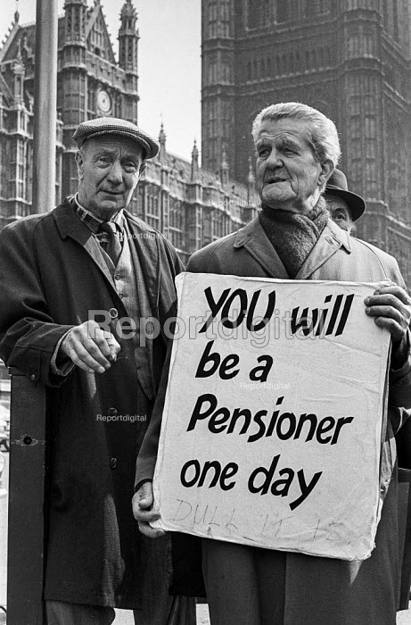 Pensioners lobby of Parliament over the cost of winter fuel for heating, London - Martin Mayer - 1973-04-17