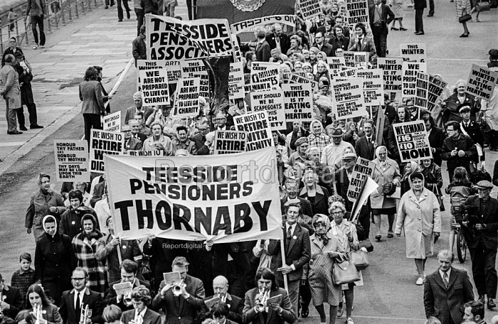 Pensioners protesting for higher payments TUC conference, Blackpool 1973 - Martin Mayer - 1973-09-02