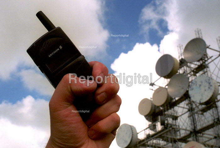 Telecommunications array near Carlisle, Cumbria. - Mark Pinder - 2000-09-15