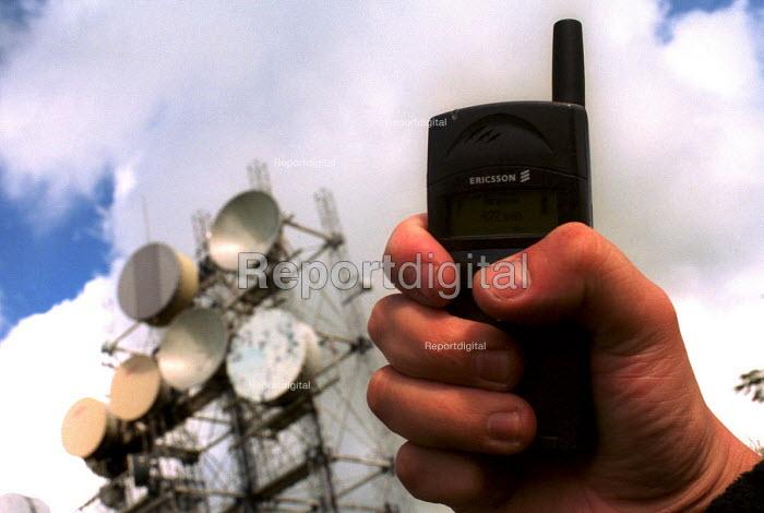 Telecommunications array near Carlisle, Cumbria. 9/00 - Mark Pinder - 2000-09-15