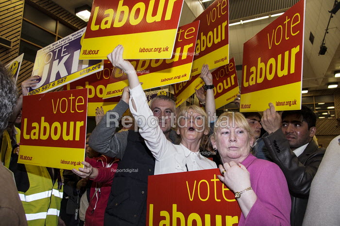 Count for the South Shields parliamentary by-election. Labour Party supporters holding banners in support of their candidate Emma Lewell-Buck, South Shields, Tyne and Wear, UK, 3/5 2013 - Mark Pinder - 2013-05-03