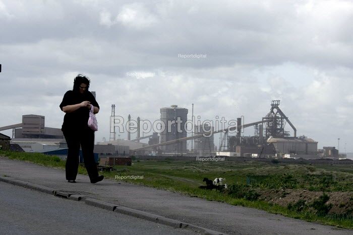 The Corus Redcar steelworks at Redcar Co Cleveland which is to be mothballed with the loss of over 2000 jobs after parent company Tata announced the cancellation of 4 major contracts for it's slab steel products. Redcar, Teesside, Co' Cleveland, UK - Mark Pinder - 2009-05-08