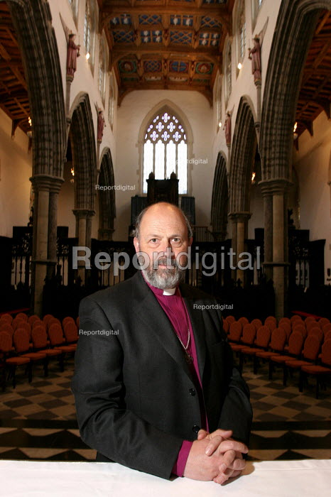 Tom Wright, the Bishop of Durham. Auckland Castle, Bishop Auckland, Co Durham. 3/3 2004. - Mark Pinder - 2004-03-03