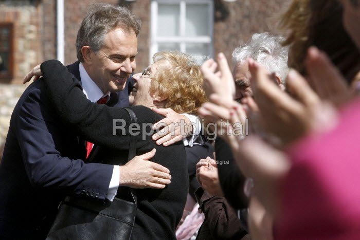 Prime Minister Tony Blair on the day he announced his resignation schedule, Trimdon Labour Club, Trimdon Village, Co Durham. 10/5 2007. Blair arrives at Trimdon Labour club before making his speech. - Mark Pinder - 2007-05-10