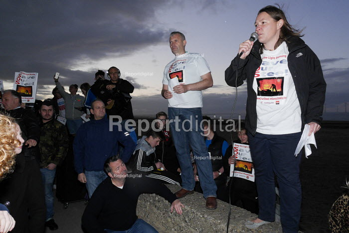 Save Our Steelworks campaign, Keep the Lights Burning rally, Redcar Teesside Anna Turley MP speaking - Mark Pinder - 2015-09-24