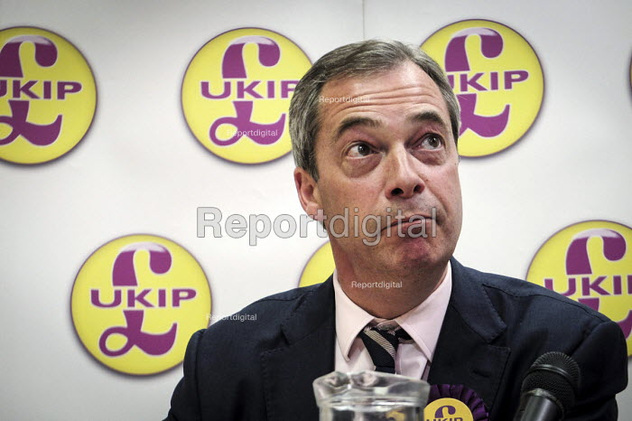 UKIP leader Nigel Farage campaigning during the 2013 South Shields by-election, Tyne and Wear. - Mark Pinder - 2013-04-30