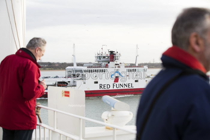 Red Funnel Southampton - Paul Box - 2015-01-07