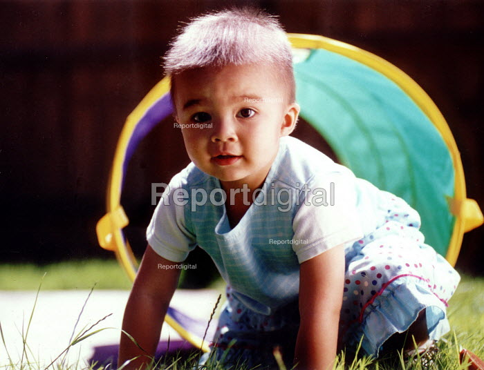 Kumi a CLIC patient at her home in Honiton Devon. CLIC is a caring charity for children with cancer or Leukemia - Paul Box - 2001-07-17