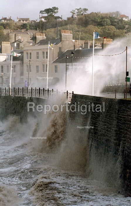 Waves crash over sea wall, Clevedon, near Bristol during a storm - Paul Box - 2002-10-27