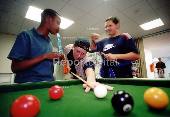 Youth playing pool in Bristol Youth Club - Paul Box - 2001-07-14