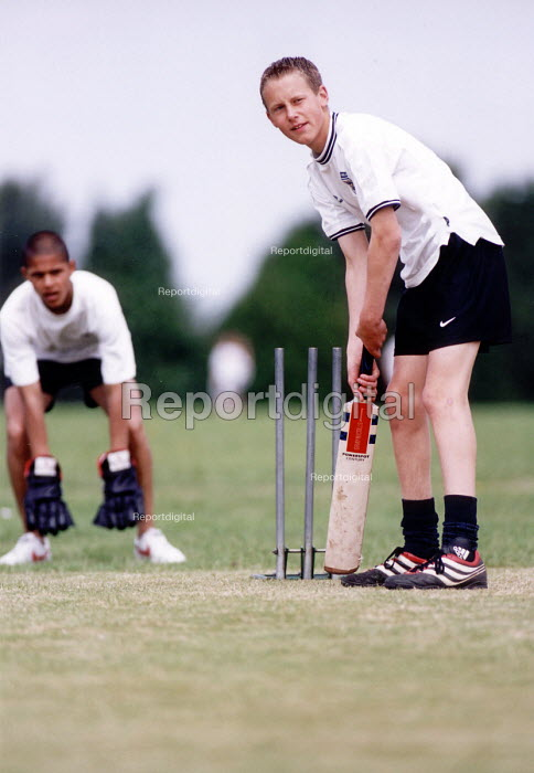 Hanham High school, pupils playing a game of cricket - Paul Box - 2001-06-15