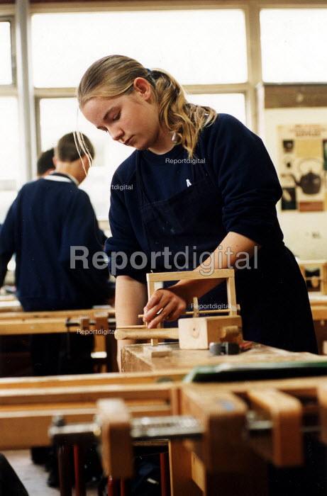 Pupils in a woodwork class. Nailsea Community School Bristol. - Paul Box - 2002-06-15