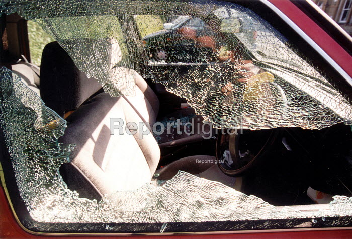 Car window smashed by thief. - Paul Box - 2002-12-14