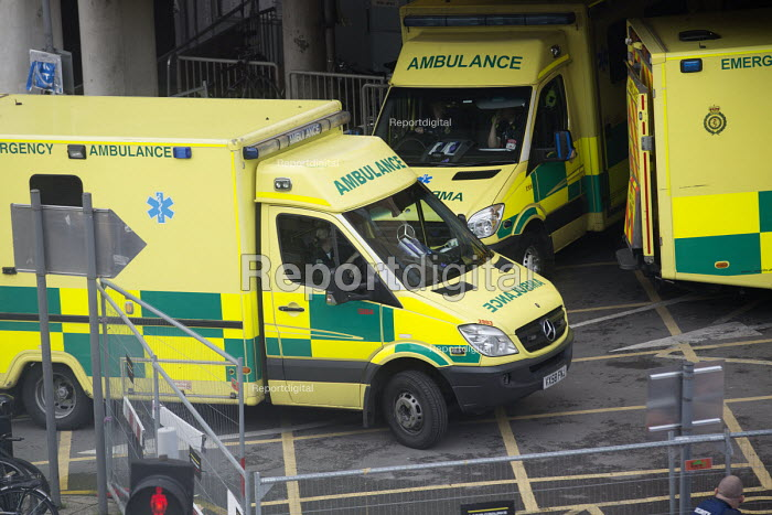 Ambulances outside the Bristol Royal Infirmary, Bristol - Paul Box - 2013-10-16