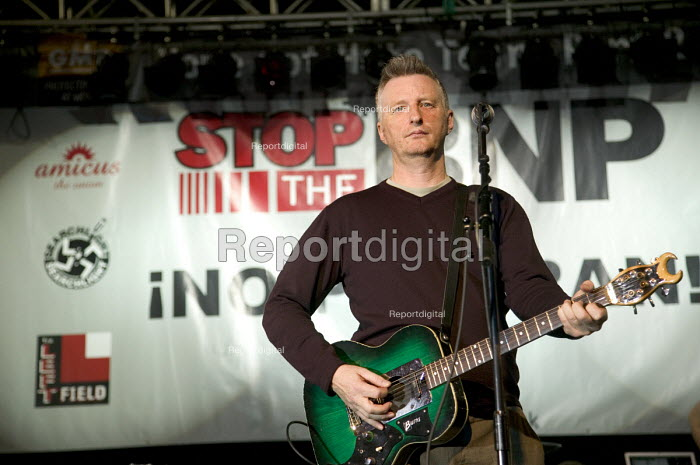 Billy Bragg, a musician and singer performing at the Carling Academy Birmingham. Bragg is best known for his political protest songs. - Paul Box - 2006-12-13