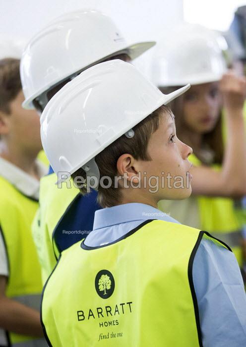 Local school children visit Barratt Homes Hanham Hall, an environmentally friendly development. - Paul Box - 2014-06-11