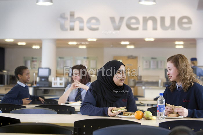Pupils eating in the venue at Bristol City Academy. - Paul Box - 2010-03-23