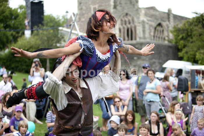 Performers at the Bristol International Harbour Festival 2011. - Paul Box - 2011-08-03