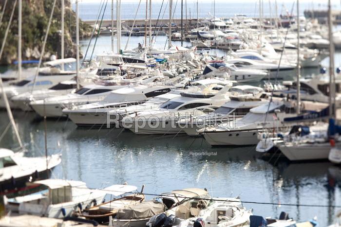 Port of Fontvieille, Monaco, an offshore Tax haven. - Paul Box - 2009-10-28