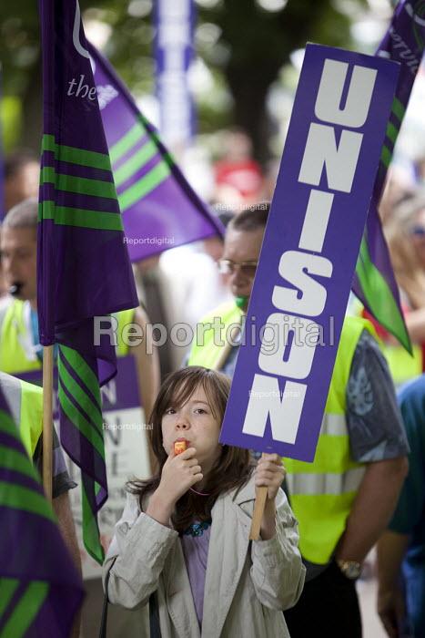 UNISON Anti-Cuts march, Southampton. - Paul Box - 2011-07-03