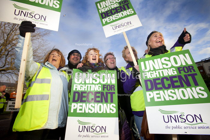 Picketing outside City Hall at the UNISON Pensions Strike, Cardiff. - Paul Box - 2011-11-30
