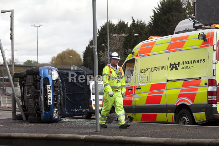 Accident support unit attends a car crash on the slip road of the M32, Bristol. - Paul Box - 2012-04-18
