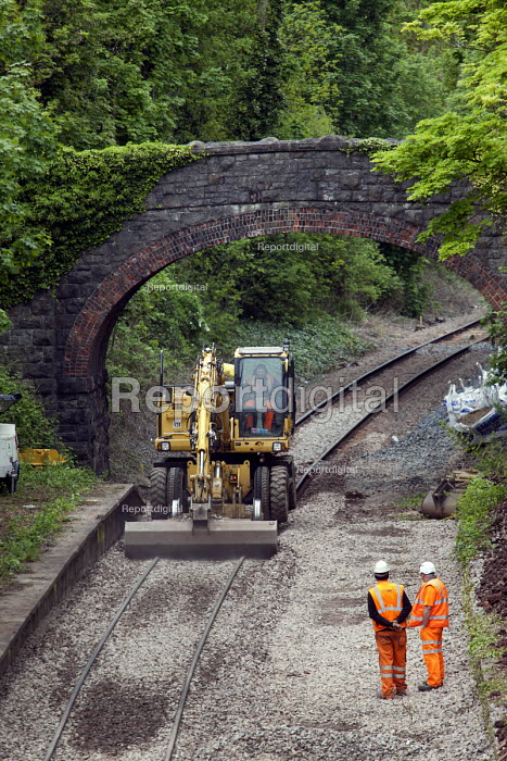 Mega 10 Railer crane, Portishead to Bristol freight line being upgraded. - Paul Box - 2012-05-20