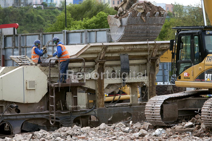 A building is demolished and all the concrete and hardcore is sorted, crushed and recycled using a Nordberg LT105 38 ton mobile tracked crushing plant. Templemeads Railway Station, Bristol. - Paul Box - 2012-05-14