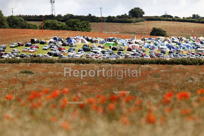Camping and car park, Tolpuddle Martyrs festival, Tolpuddle - Paul Box - 2012-07-15