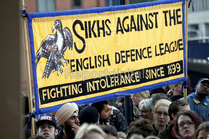 Sikhs against the English Defence League protest in Bristol. - Paul Box - 2012-07-14