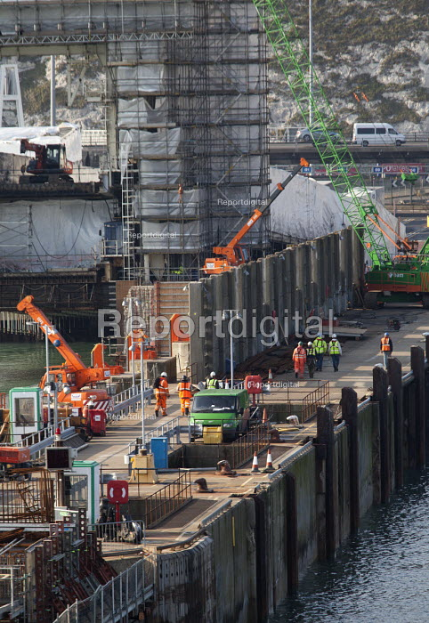 Dover Eastern Docks, construction work on a new berth and Pier E Extension Works by Herbosch Kiere Marine Contractors Ltd and BAM Nuttall - Paul Box - 2012-04-13