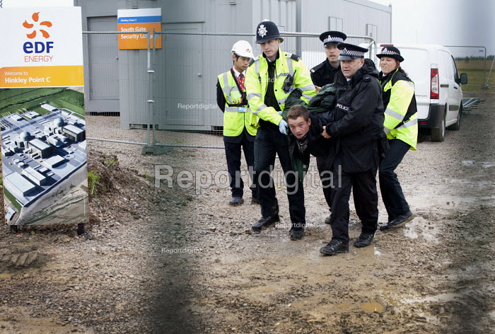 Stop new nuclear protesters trespass on the site of the proposed EDF Energy's new nuclear reactor at Hinkley point, Hinkley C power plant Somerset. - Paul Box - 2012-10-08