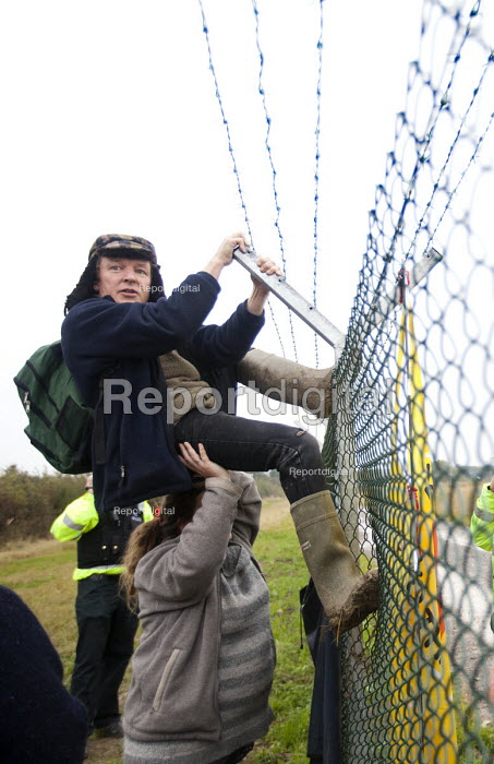 .Stop new nuclear protesters trespass on the site of the proposed EDF Energy's new nuclear reactor at Hinkley point, Hinkley C power plant Somerset. - Paul Box - 2012-10-08