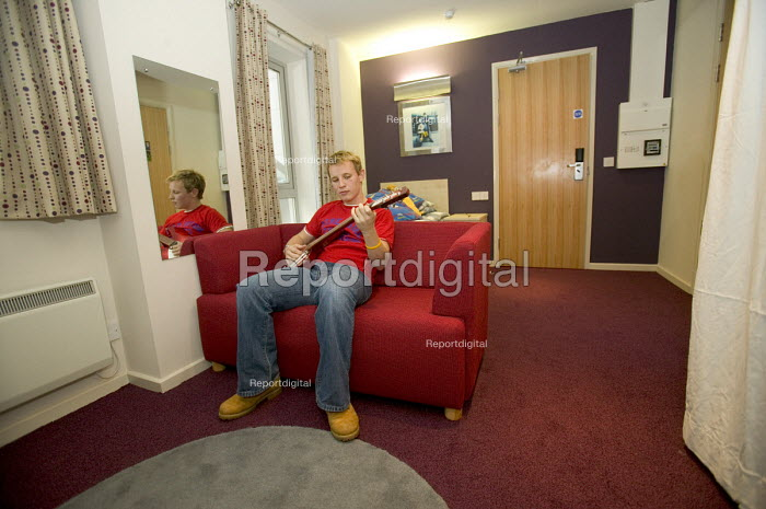 Student Housing by UNITE. Purpose built student housing. Bristol. A student playing his guitar. - Paul Box - 2005-12-13