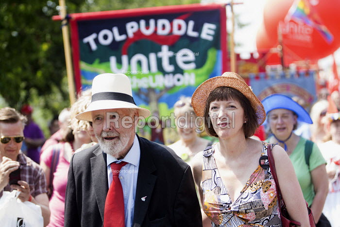 Tony Benn and Frances O'Grady TUC Gen Sec at the Tolpuddle Martyrs Festival. Tolpuddle - Paul Box - 2013-07-21