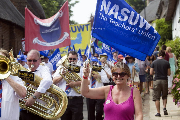 NASUWT Riverside brass band, The Tolpuddle Martyrs Festival. Tolpuddle - Paul Box - 2013-07-21