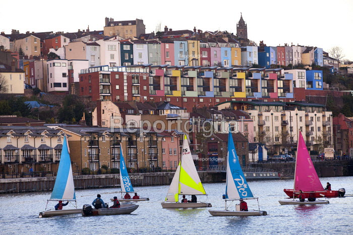 Harbourside sailing school sailing club, Bristol, European Green Capital. - Paul Box - 2014-12-03