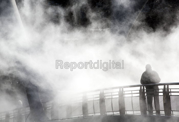 To celebrate IBT15, Bristol status as European Green Capital, a new artwork by artist Fujiko Nakaya concerned with Climate Change Fog Bridge engulfs Peros Bridge in fog. - Paul Box - 2014-08-29