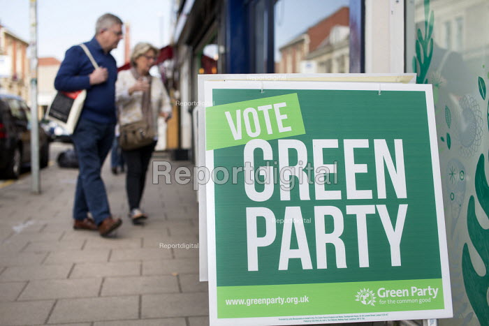 The Green Party Headquarters, Bristol. - Paul Box - 2015-04-17