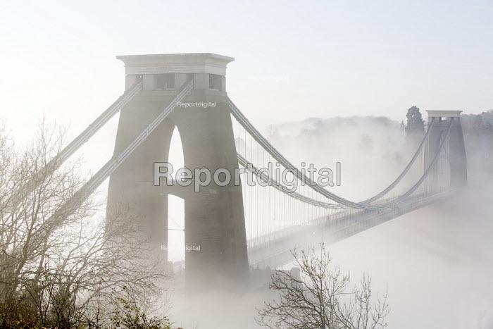Clifton Suspension Bridge in the fog, Bristol - Paul Box - 2014-11-30