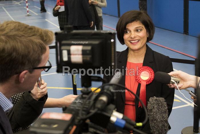 Thangam Debbonaire Labour Candidate wins, Bristol West General Election count. - Paul Box - 2015-05-08