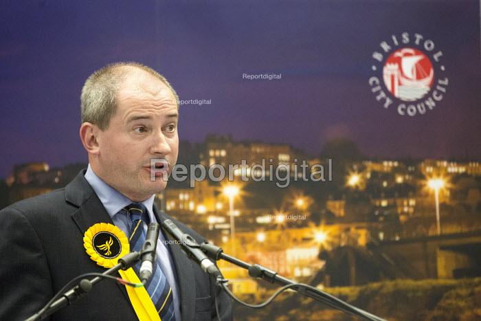 Stephen Williams, Liberal Democrats Bristol West General Election count. - Paul Box - 2015-05-08