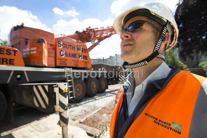 Electrical engineers installing new transformers at substation, Clifton, Bristol - Paul Box - 2015-06-23
