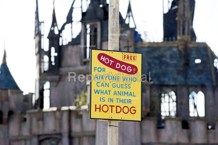 Dismaland a parody of Disneyland theme park by Banksy, Weston Super Mare. Guess what is in your hotdog. A Bemusement Park. - Paul Box - 2015-09-07