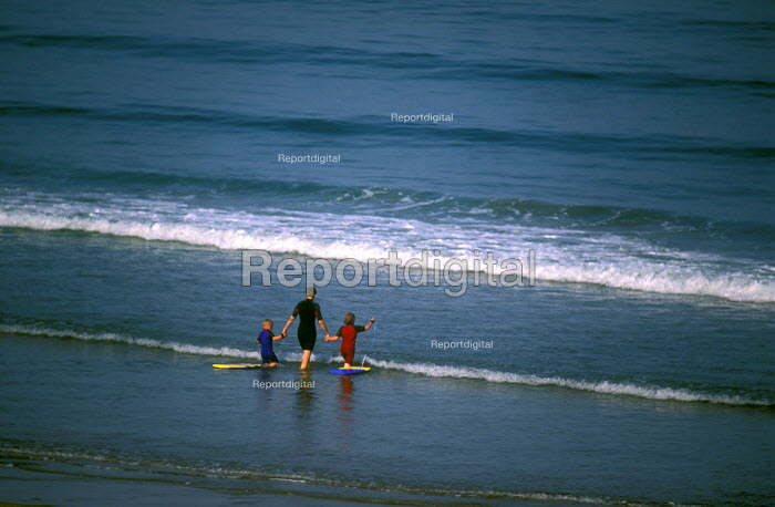 A mother takes her children paddling , Woolacombe , North Devon - Paul Box - 2003-12-10